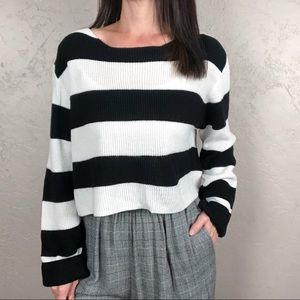 H&M Black and White Striped Cropped Sweater